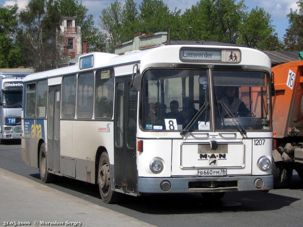 Saint-Petersburg, MAN SL200 # 1207