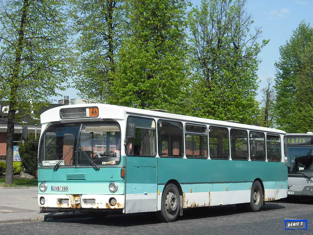 Lithuania, Mercedes-Benz O305 # UVB 390