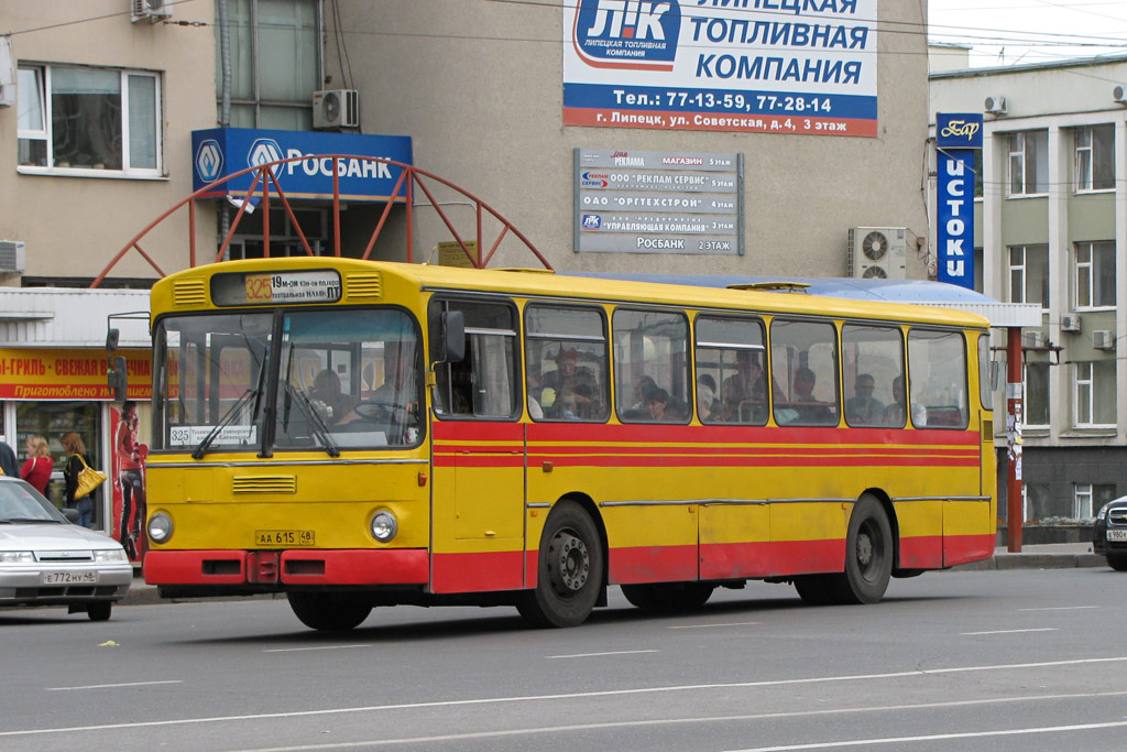 Lipetsk region, Mercedes-Benz O305 # АА 615 48