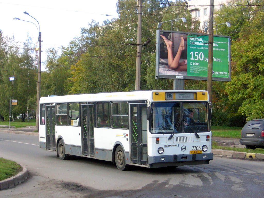 Saint-Petersburg, LiAZ-5256.25 # 7706
