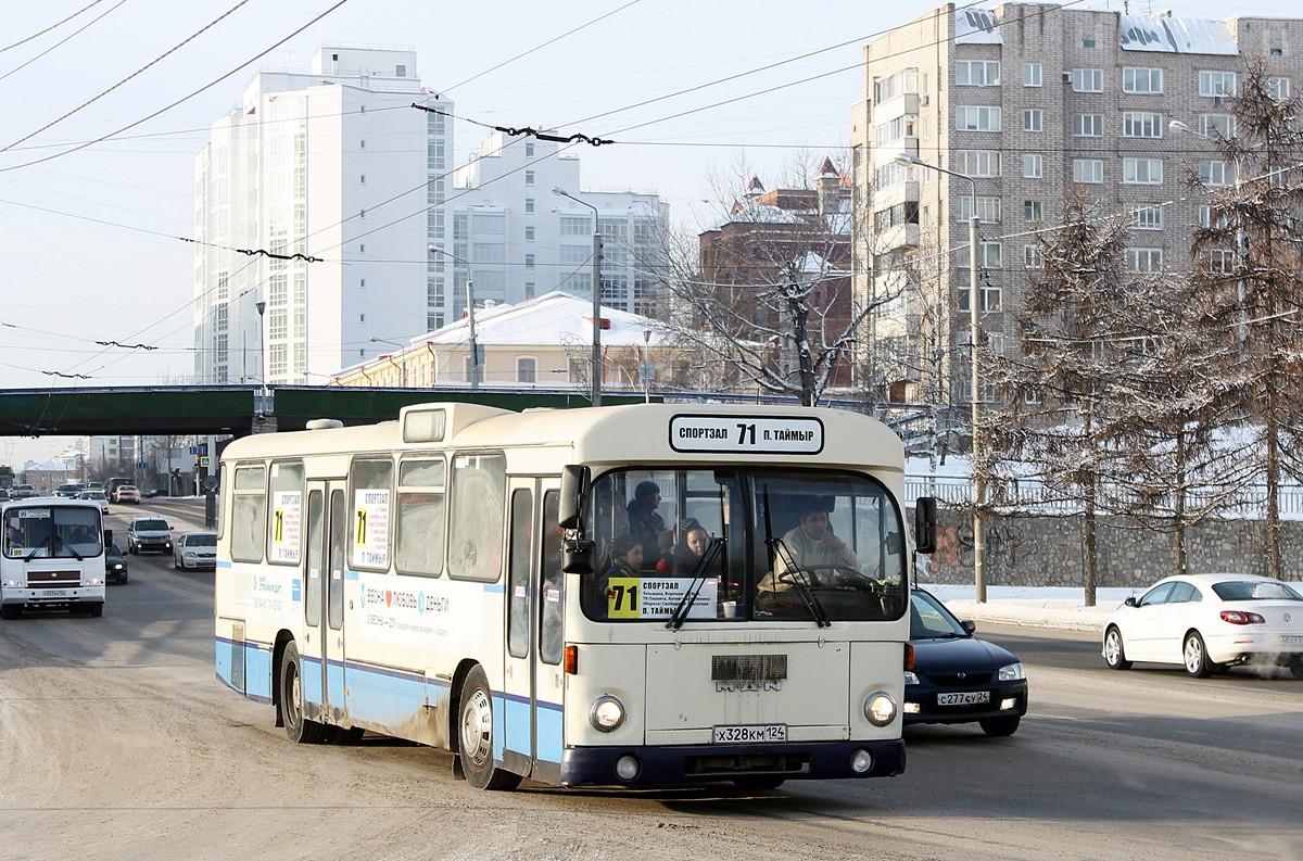 Krasnoyarsk region, MAN SL200 # Х 328 КМ 124