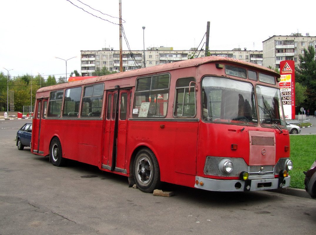 Moscow, LiAZ-677M # М 004 УР 197