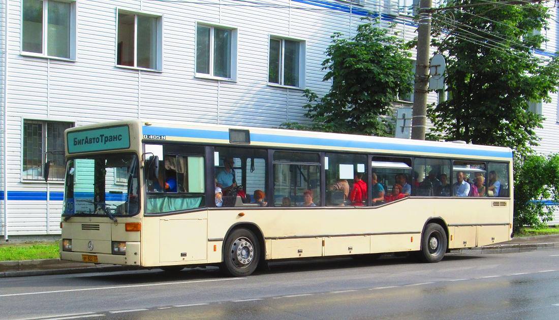 Vladimir region, Mercedes-Benz O405N2 # ВР 822 33