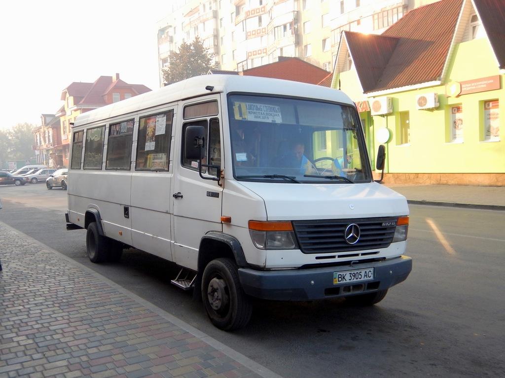 Rovno region, Mercedes-Benz Vario 612D # ВК 3905 АС