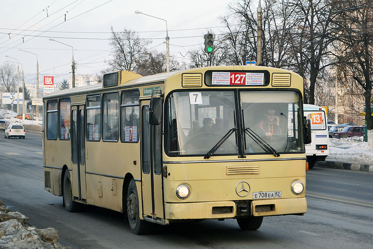 Belgorod region, Mercedes-Benz O305 # Е 708 ЕА 82