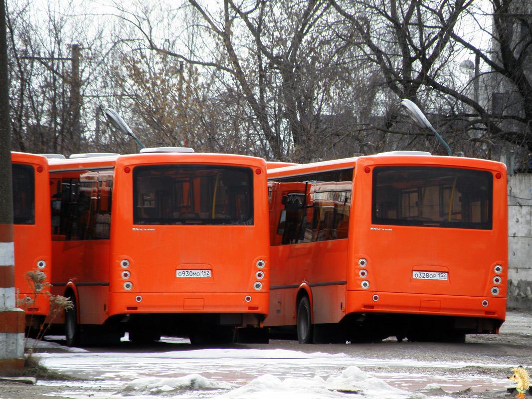 """Nizhegorodskaya region, PAZ-320414-05 """"Vektor"""" (ER, EF) # О 930 МО 152; Nizhegorodskaya region, PAZ-320414-05 """"Vektor"""" (ER, EF) # О 328 ОР 152; Nizhegorodskaya region — New Buses"""