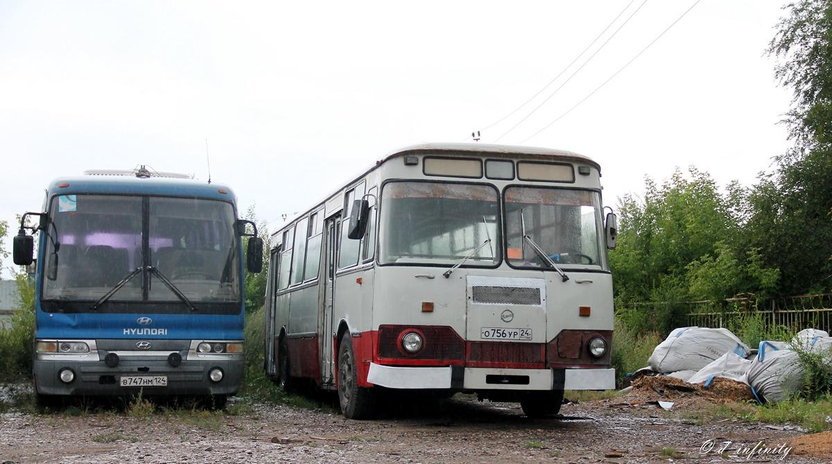 Krasnoyarsk region, Hyundai AeroSpace LS # В 747 НМ 124; Krasnoyarsk region, LiAZ-677M # О 756 УР 24