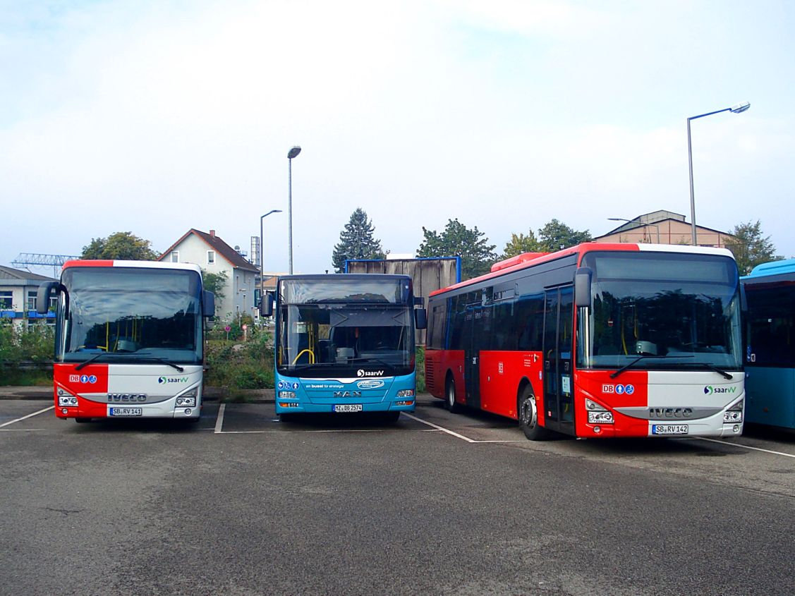 Germany, IVECO Crossway LE City 12M # SB-RV 141; Germany, MAN A47 Lion's City M NL293-10,5 # MZ-DB 2574; Germany, IVECO Crossway LE City 12M # SB-RV 142; Germany — Miscellaneous photos