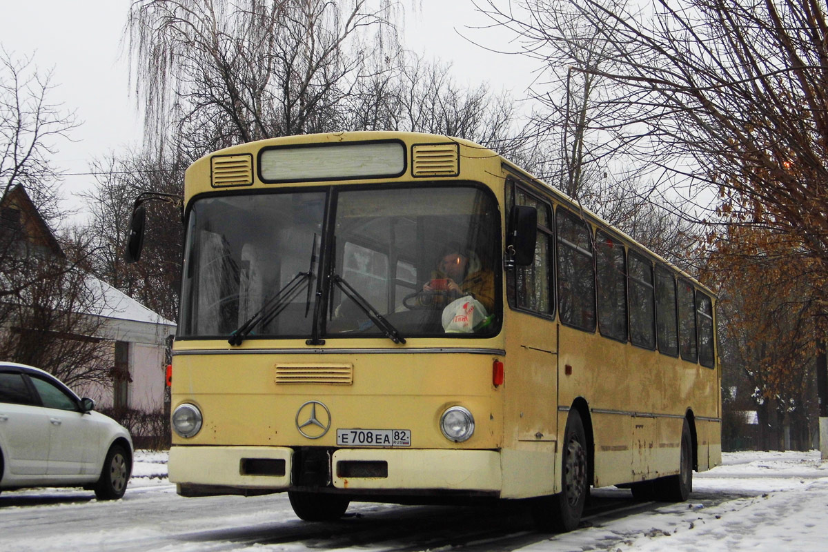 Moscow region, Mercedes-Benz O305 # Е 708 ЕА 82