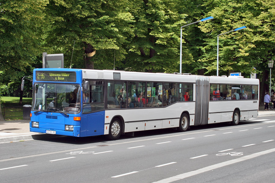 Germany, Mercedes-Benz O405GN2 # 38