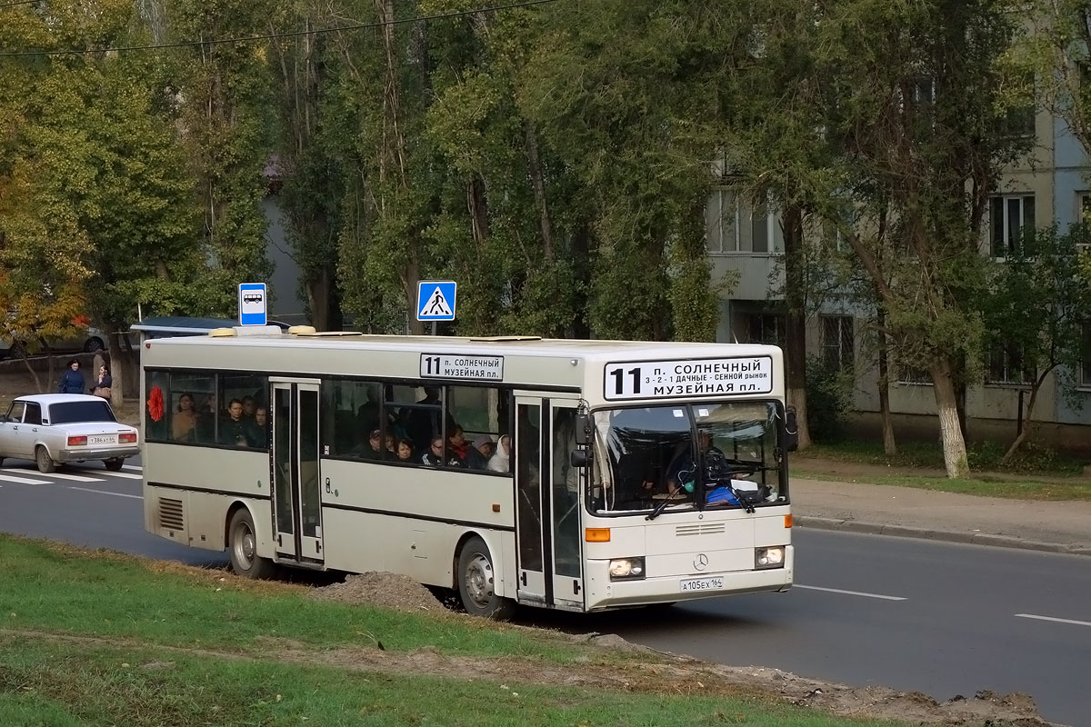Saratov region, Mercedes-Benz O405 # А 105 ЕХ 164
