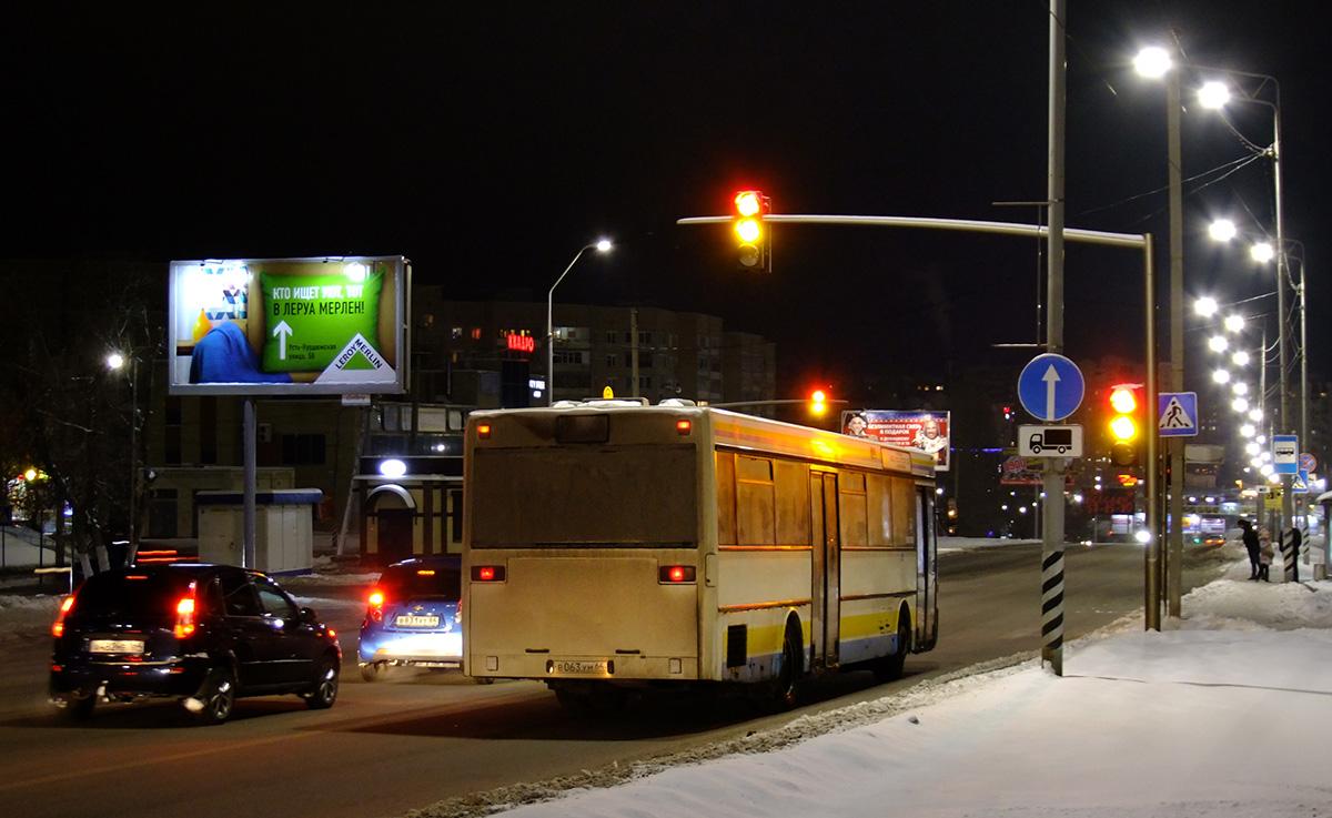 Saratov region, Mercedes-Benz O405 # В 063 УМ 64