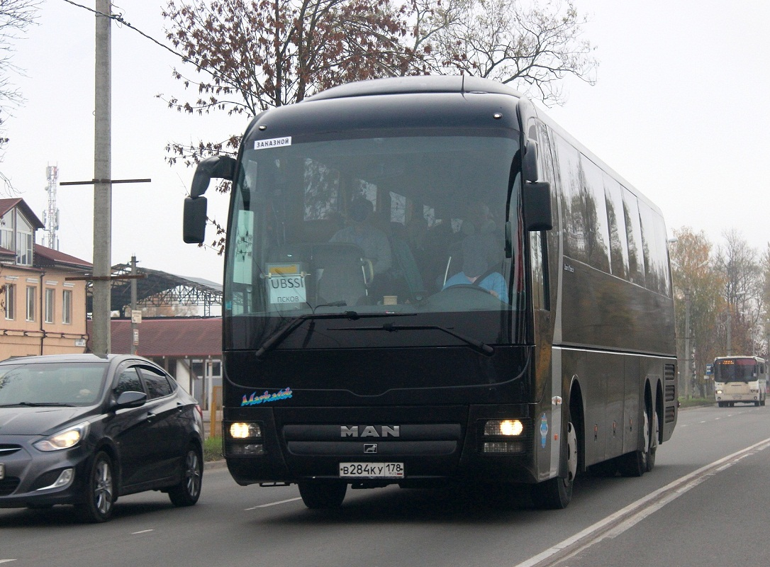 Saint-Petersburg, MAN R08 Lion's Top Coach RHC444 # В 284 КУ 178