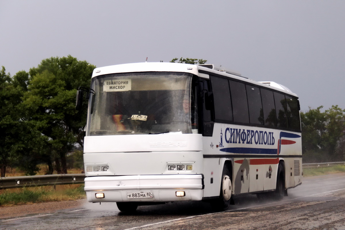Republic of Crimea, Neoplan N316K Transliner # К 883 МА 82