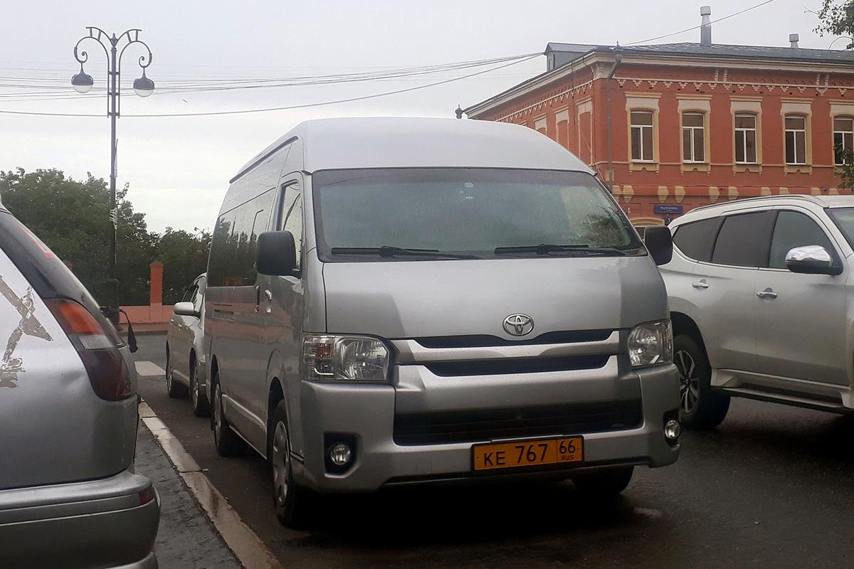 Tumen region, Toyota Hiace # КЕ 767 66